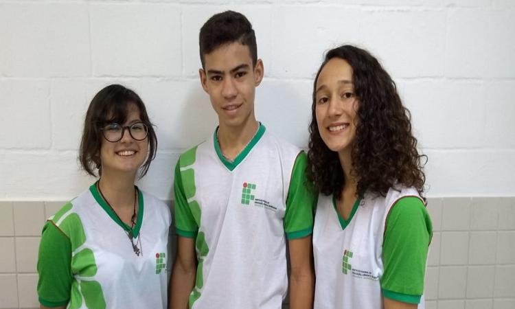 http://www.ifpe.edu.br/campus/afogados/noticias/estudantes-do-ifpe-afogados-sao-destaque-em-olimpiada-brasileira-de-informatica/os-alunos-geovana-jose-anderson-e-kaline/@@images/918bf2e8-d93f-4da0-b1bf-19c154498dbf.png