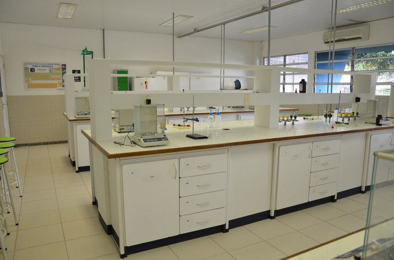 Laboratório Bd828926-aef8-459d-92d4-a979fe56869b