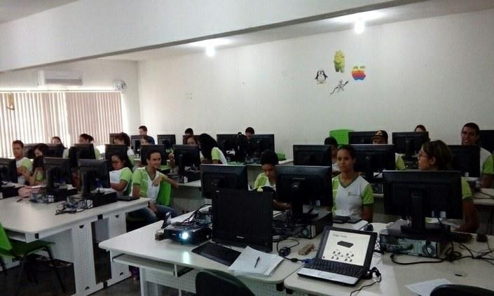 Candidatos do Programa de Monitoria fazem prova