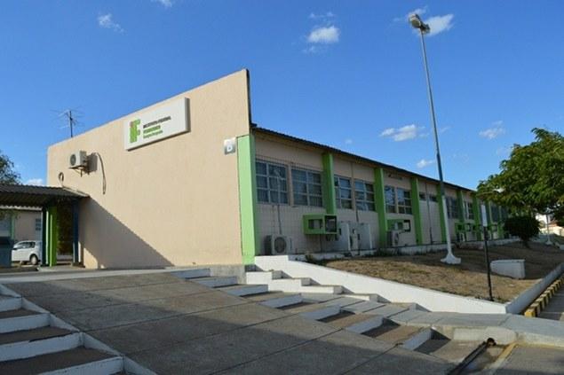 IFPE abre inscrições para estágio obrigatório em edificações e eletrotécnica