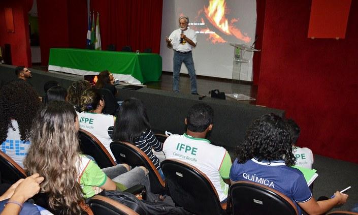 Tem início nesta segunda (18) a Semana de Química do Campus Recife