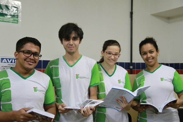 Estudantes Campus Olinda.JPG