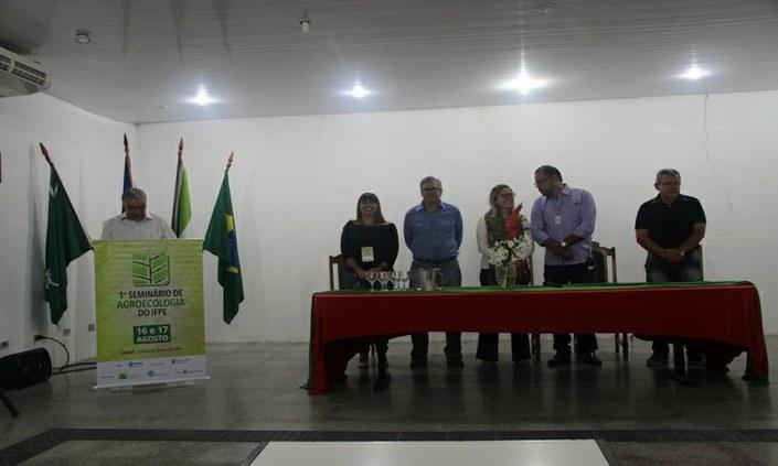 IFPE reúne comunidade acadêmica e instituições para discutir agroecologia
