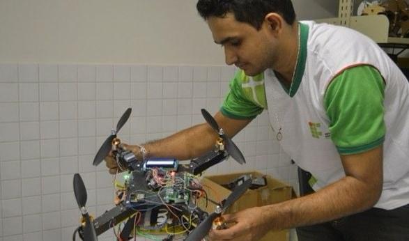 SAE BRASIL divulga regulamento da Fórmula Drone 2018