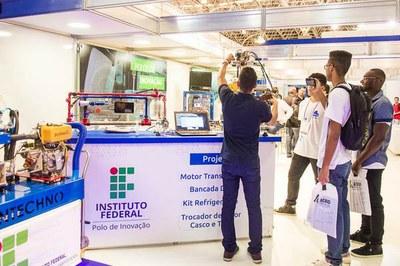 Tenda Tecnológica_Divulgação IFF.jpg